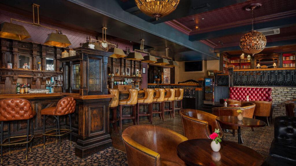 Temple Bar - Treacys Hotel
