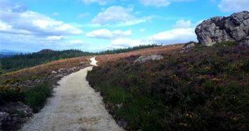 Drooping Rock path